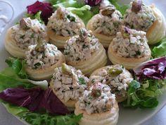 Smak Zdrowia: Koszyczki z wędliną drobiową i orzechami Baked Potato, Potato Salad, Appetizers, Potatoes, Baking, Ethnic Recipes, Impreza, Food, Appetizer