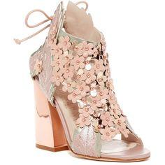 Ivy Kirzhner Jardin Platform Sandal ($290) ❤ liked on Polyvore featuring shoes, sandals, blush, floral print sandals, block heel sandals, floral platform sandals, laced sandals and lace up platform sandals