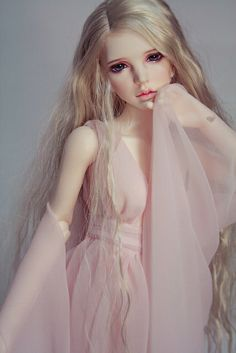 BJD from Linhwa ... dreaming of having one, one day .... somehow ;-)
