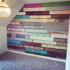 Palettenwand meiner Töchter, inspiriert von Junk Gypsy Pallet wall of my daughters, inspired by Junk Gypsy Diy Pallet Wall, Pallet Walls, Diy Wall, Wall Decor, Pallet Ideas, Pallet Wall Bathroom, Pallet Accent Wall, Palettes Murales, Palette Diy