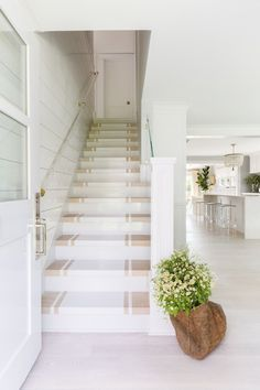 It may be small and narrow, but that doesn't mean your stairway can't get the same decorating treatment as the rest of your house. These staircase decorating ideas will give your entryway a step up. Find and save ideas about Painted stairs. Beach Cottage Style, Beach House Decor, Coastal Style, Coastal Decor, Painted Staircases, Painted Stairs, Spiral Staircases, Connecticut, Coastal Living Rooms
