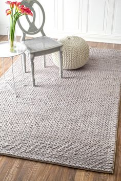 Hand Woven Chunky Woolen Cable Rug inLight Grey Color:Light Grey Origin:India Material: 100%Wool Construction: HandWoven  Please allow 1-2 weeks to ship o