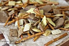 Parmesan Garlic Snack Mix ~ Loaded with Chex, Pretzels, White Cheddar Cheez Its, Rye Chips and topped with Parmesan & Garlic seasoning! via www.julieseatsandtreats.com (Chex Mix Seasoning)