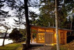 British Columbia log cabin (via #spinpicks)
