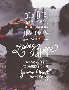 # 1 Petr. 1:3 # Nieuwe mensen #Alle dank en eer is voor de God en Vader van onze Here Jezus Christus, die zo onvoorstelbaar goed voor ons is. Hij heeft nieuwe mensen van ons gemaakt door Jezus Christus uit de dood terug te brengen tot het leven. (1 Petrus 1:3 HTB)