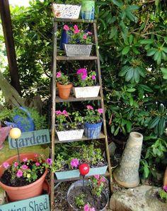 ladder-garden-flower-planter