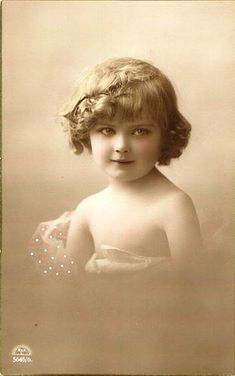 I have never liked this type of vintage photo.  Almost seems like a sort of child pornography.  vlr