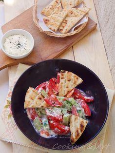 Αγγουρο-ντομάτα σαλάτα με βινεγκρέτ φέτας