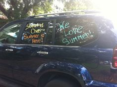 Last Day of School Car Decorating! - Happy Home Fairy Last Day Of School Fun, End Of School Year, School's Out For Summer, Summer Kids, School Car, School Stuff, Volleyball Senior Pictures, Happy Home Fairy, School Signs