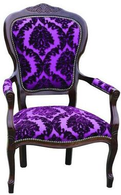 Bijou Purple Velvet armchair, unexpected and awesome! Gothic Furniture, Funky Furniture, Dining Furniture, Furniture Decor, Gothic Chair, Victorian Chair, Victorian Gothic, Velvet Armchair, Gothic Home Decor