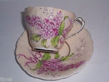 PARAGON H.M. Queen Mary VINTAGE Fine China PINK TEA CUP & SAUCER LILAC