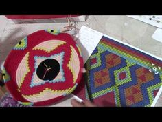 "Tutorial crochet bag ""Miss Sicily"" Crochet Ripple, Tapestry Crochet, Crochet Patron, Tabata, Diy And Crafts, Coin Purse, Free Pattern, Weaving, Embroidery"
