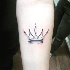 tatouage-couronne-simple.png (593×594)