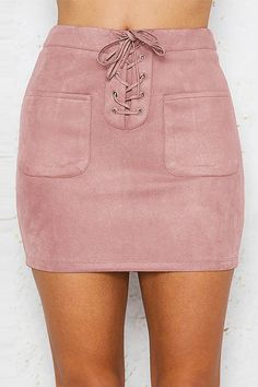 This dreamy suede skirt is definitely the perfect outfit for any occasion. It features front lace-up design, front pockets, back zipper fastening and high waist design. Perfect with a fitted plain tee and ankle boots