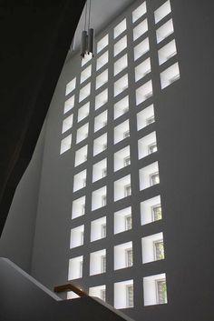Church of the Cross in Lahti, Finnland (1969-79) / Alvar Aalto