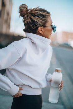 Wellness Wednesday: 5 Daily Habits that Keep me Fit Wellness Fitness, Sporty Outfits, Mom Style, Workout Wear, Stay Fit, Everyday Fashion, Fitness Fashion, Lounge Wear, Personal Style