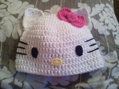 Gorro de Hello kitty a crochet