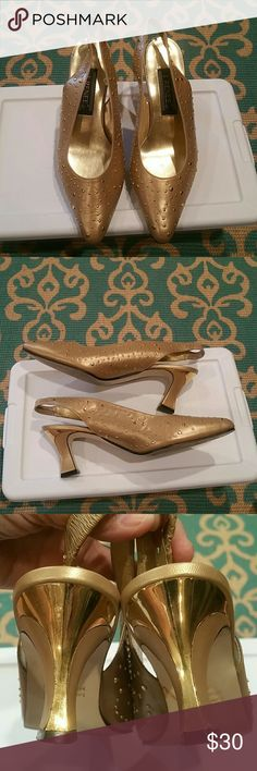 Vintage J. Renee gold leather slingbacks. Gold on gold accented leather slingbacks. These are vintage so there are flaws...all minor. J. Renee Shoes Heels
