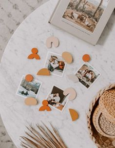 Handmade modern wood magnets because who wouldnt want to display photos or bills in a cute way on the fridge? Easy Diy Crafts, Diy Craft Projects, Diy Crafts To Sell, Clay Art For Kids, Crafts For Kids, Modern Refrigerators, Clay Magnets, Diy Clay, Air Dry Clay Crafts