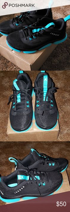 443136626e1b Black   Teal Jordan s. Sad day for me. Sooooo I finally got my top Jay s  in. And I misread the size. I figured since I m a 4.5y 5.0y that size 7  woman ...