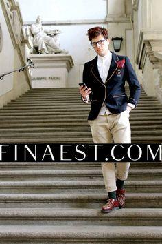 #emmecollection #iconize #finaest #wallet #colorful #madeinitaly #elegant #pocketsquares #handkerchief #elgance #outfit #portafoglio #ipadcase #milano #brera #fashionblogger #outfit