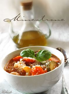 Minestrone | Dolce Vita Blog Curry, Lime, Ethnic Recipes, Soups, Food, Curries, Limes, Essen, Soup