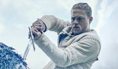 King Arthur Trailer: Charlie Hunnam And Excalibur Make An Exciting Combination #FansnStars