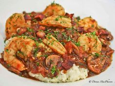 Southern Staples: Rich and Creamy Grits with Shrimp in Red Eye Gravy. Shrimp and grits, oh how I love thee! Cajun Recipes, Seafood Recipes, Great Recipes, Creole Recipes, Favorite Recipes, Red Eye Gravy, Cooking Channel Recipes, What's Cooking, Cooking Classes