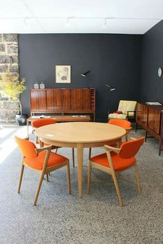 75 Beautiful Mid Century Dining Room Decor Ideas – Page 11 – Best Home Decor Ideas Mid Century Modern Living Room, Mid Century Dining, Mid Century Modern Decor, Mid Century Modern Furniture, Living Room Modern, My Living Room, Modern Armchair, Plywood Furniture, Mid-century Modern