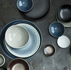 10 Beautiful & Bold Dinnerware Sets for Your Summer Table | LC Living Dinnerware Sets, Plates, Tableware, Summer, Beautiful, Licence Plates, Plate, Dinnerware, Summer Time