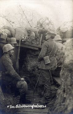 "soldiers in the trenches of the Infanterie-Regiment ""Prinz Friedrich der Niederlande"" Westfälisches) Nr. Ww1 History, Military History, World War One, First World, D Day Normandy, First Photo, Wwii, Soldiers, Trench"