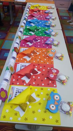 Butterfly craft for kids to make using card stock butterflycrafts springcrafts kidscrafts craftsforkidstomake – Artofit Trendy painting ideas for kids toddlers 32 ideas Butterflies made by a small butterfly :) need not be diffic Fall Handprint Tree - th Kids Crafts, Foam Crafts, Diy And Crafts, Arts And Crafts, Paper Crafts, School Projects, Projects For Kids, Diy Y Manualidades, Kindergarten Graduation