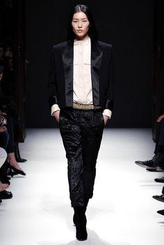 Balmain Fall 2012 Ready-to-Wear Fashion Show - Liu Wen (Elite)