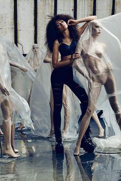 Zendaya by Juco for Complex Magazine Dec - outtake Zendaya Coleman, Sabrina Carpenter, Moda Zendaya, Bella Thorne And Zendaya, Divas, Zendaya Style, Zendaya Swag, Star Wars, Thing 1