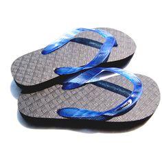 Warm boutique: Locals Flip Flops