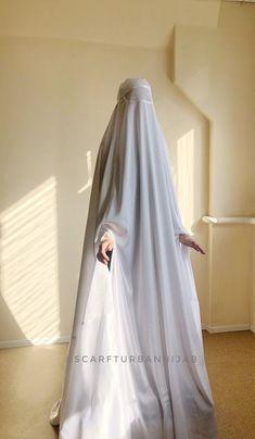 Muslimah Wedding Dress, Disney Wedding Dresses, Pakistani Wedding Dresses, Hijab Bride, Wedding Hijab, Dress Wedding, Beautiful Muslim Women, Beautiful Hijab, Abaya Fashion