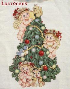Hobby lavori femminili: Schema punto croce albero di Natale con Angeli