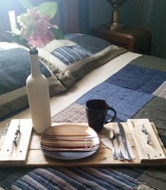 What better way to be served food than on your very own custom made serving tray! Dimensions are about Price includes shipping! For customer pick up option, use promo code: at check ou My Furniture, Industrial Furniture, Pallet Furniture, Discount Furniture, Custom Furniture, Online Furniture, Furniture Design, Pallet Tray, Wood Tray