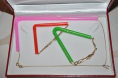 Prevent your necklaces and bracelets from knotting by threading one side of them through a straw.