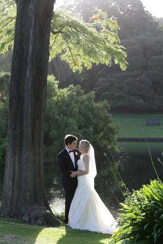 Lisa and Heath. Wedding Couples, Mermaid Wedding, Real Weddings, Lisa, Wedding Dresses, Fashion, Bride Dresses, Moda, Bridal Gowns