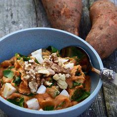 Ovenschotel witte kool, champignons, noten en mosterd - PUURland Curry, Baking, Ethnic Recipes, Mushroom, Seeds, Curries, Bakken, Backen, Sweets