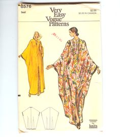 Very Easy Vogue 8576 Misses and Womens loungewear - Caftan 1970s suitable for knits