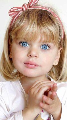 Most Beautiful Eyes, Beautiful Little Girls, Stunning Eyes, Beautiful Children, Beautiful Babies, Pretty Baby, Pretty Eyes, Cool Eyes, Cute Baby Girl