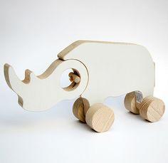 Afrika-rené-sulc-iveno-jouet-bois-design-wood-toy-rhino-rocket-lulu