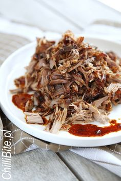 ChilliBite.pl - motywuje do gotowania!: Doskonały pulled pork, czyli wyczesane mięso Pulled Pork, Japchae, Slow Cooker, Dinner Recipes, Cooking, Sweet, Ethnic Recipes, Food, Kitchens