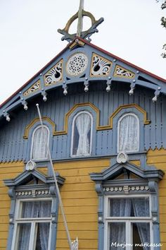 Marjon matkassa : Lumoava Vanha Rauma Wooden Architecture, Architecture Design, Oh The Places You'll Go, Places To Visit, Sims Building, Old Town, Old Houses, Finland, Big Ben