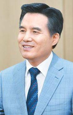 안상홍님과 하늘 어머니 전하는 하나님의교회 총회장 김주철 목사