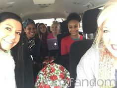 [S5E10] Kira Girard, Holly Frazier, Mackenzie Ziegler, Jojo Siwa, Nia Frazier and Jessalynn Siwa on the car ride to the competition.