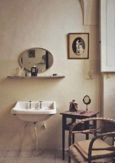 Puglian Palazzo, Bathroom. The World of Interiors, July 2014. Photography by Bill Baton.