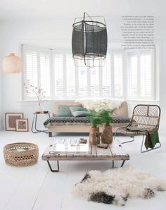An ethnic Scandinavian house on the North Sea: uncluttered lounge, white but cocooning - Decoration For Home Small Living Rooms, My Living Room, Living Room Interior, Home And Living, Living Room Designs, Living Room Decor, Living Spaces, Dining Room, Turbulence Deco